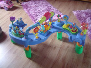 evenflo-exersaucer-triple-fun